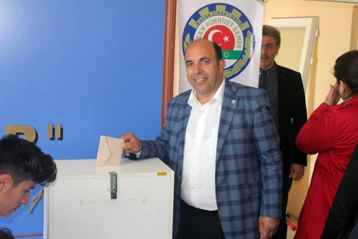 Bafra Sebze Üreticileri Birliği Süleyman Tulum'a Emanet