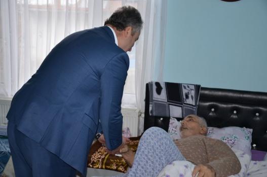 Başkan Topaloğlu Hasta Ziyaretlerine Devam Ediyor