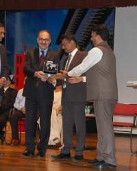 En İyi Konut Bahçesi Ödülü Bafralı Profersör'e
