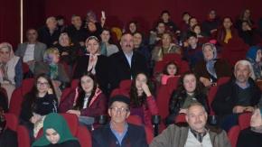 """Bafra'da """"Âşık"""" Filmi İlgiyle İzlendi"""