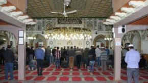 Tarihi Büyük Camide İlk Teravih Namazı Kılındı