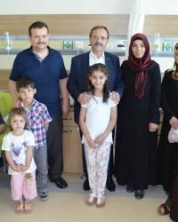 Başkan Şahin, Bayramda Hastaneyi Ziyaret Etti