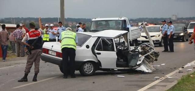 19 Mayıs Yolunda Trafik Kazası: 2 Ölü 5 Yaralı