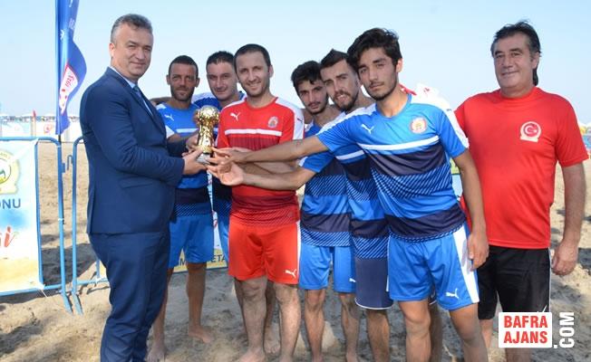 Plaj Futbolunda Kazanan; 19 Mayıs Belediyespor