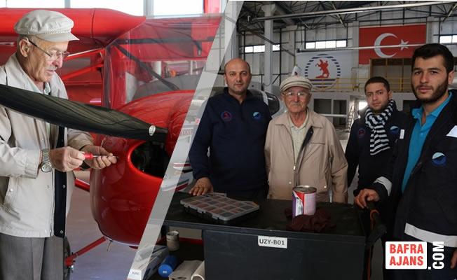 """57 Yıllık """"Uçak"""" Tecrübesini Gençlere Aktarıyor"""