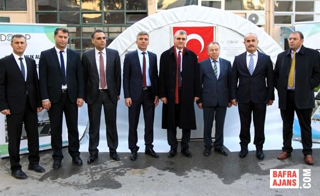 """Besicilere """"Güneş Enerjili"""" Çadır Dağıtıldı"""