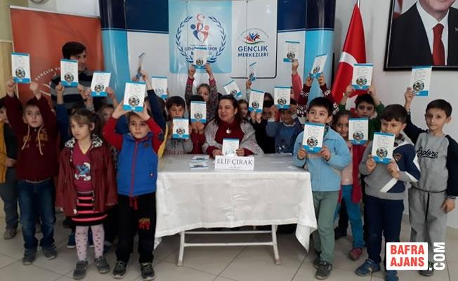 Yazar Elif Çırak'tan Alaçam'da İmza Günü ve Söyleşi