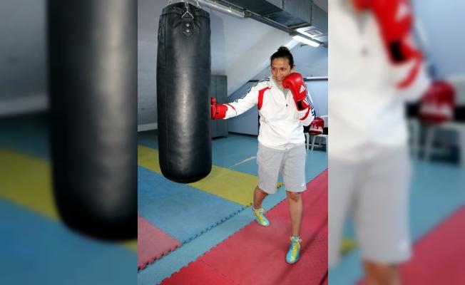 Şampiyon boksör Elif, unvanını korumak istiyor