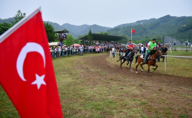 Ordu'da rahvan at yarışları