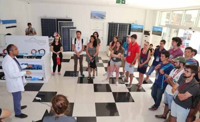 CW Enerji Avrupalı öğrencilere eğitim verdi