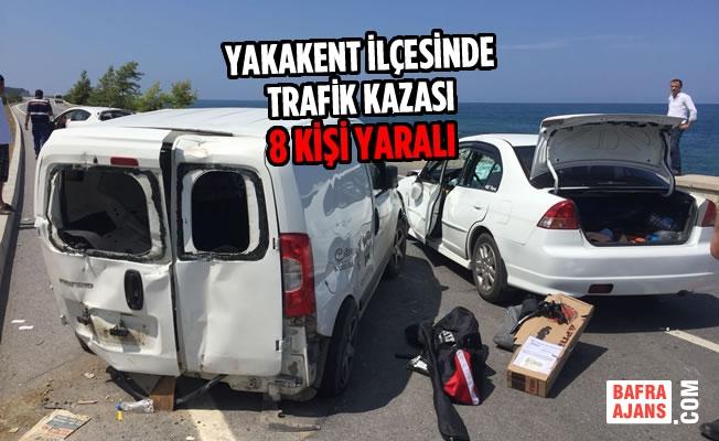 Yakakent İlçesinde Trafik Kazası: 8 Yaralı