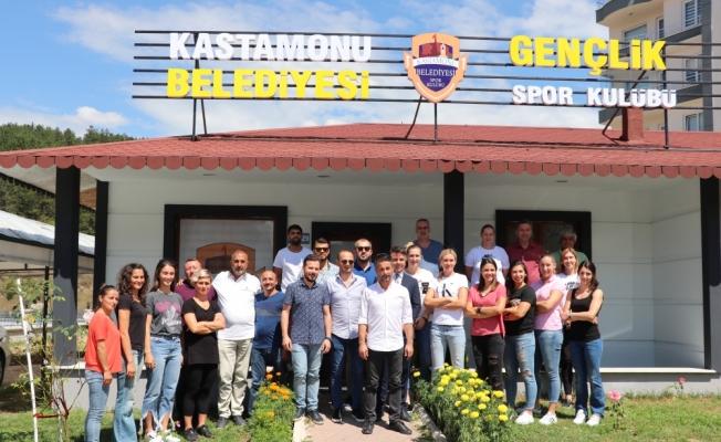 Kastamonu Belediyespor'da toplu imza töreni
