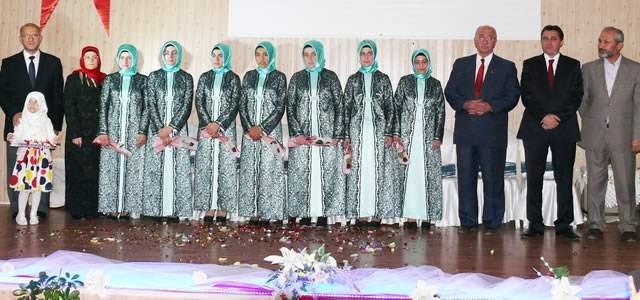 Altınyaprak Kız Kur'an Kursun'dan İcazet Töreni