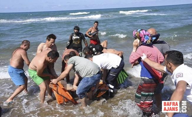 Sinop'ta Denize Giren Kişi Boğularak Hayatını Kaybetti