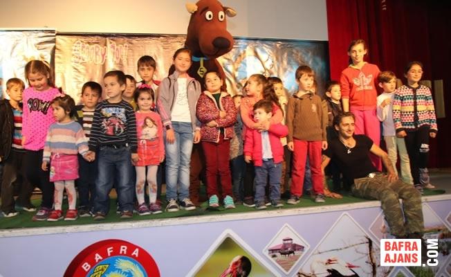 Bafra'da Çocuklardan Tiyatroya Büyük İlgi