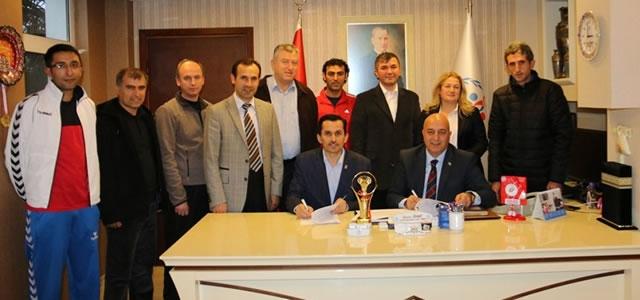 Bafra'ya Badminton Kamp Eğitim Merkezi