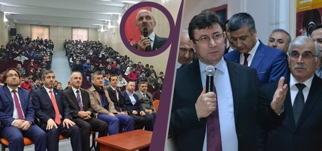 """Bafra'da """"28 Şubat Gerçeği"""" Fotoğraf Sergisi ve Konferansı"""