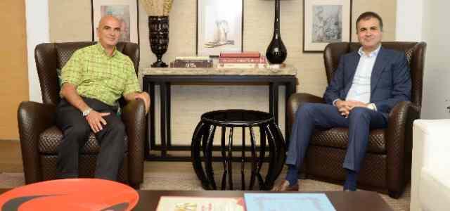 Bakan Çelik, 21 Yıl Sonra Türkiye'ye Dönen Udi Sanatçı Bostancı'yı Kabul Etti