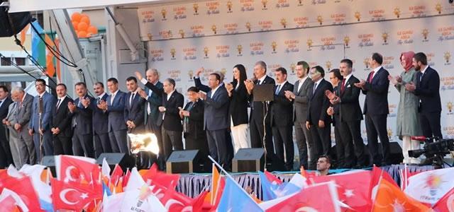 Başbakan Davutoğlu Samsun'dan Seslendi