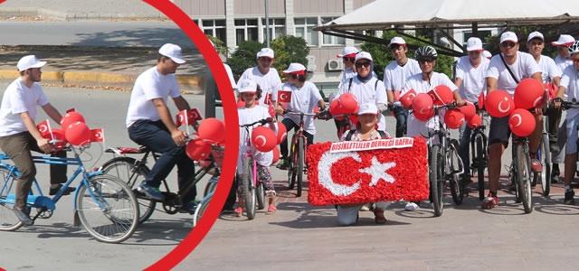 Bisikletliler Derneği'nden Bafra'da Zafer Turu