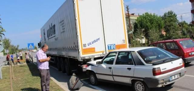 Çarşamba'da Zincirleme Kaza: 1 Yaralı