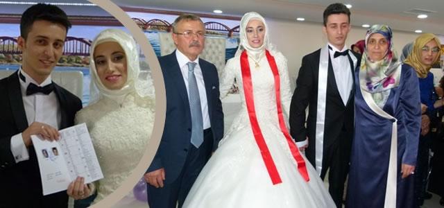 Mürtezaoğlu ve Ayaydın Aileleri'nin Mutlu Günü