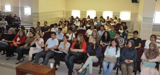 Omü'ye Yeni Gelen Öğrencilerle Tanışma Toplantıları
