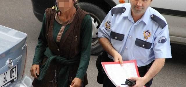 Otelden Hırsızlık Yapan 2 Genç Kız Yakalandı