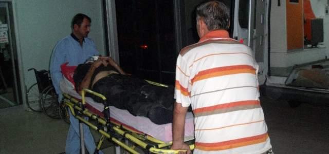 Otomobilin Altında Kalan Yaşlı Adam Ağır Yaralandı