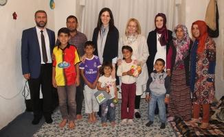 Çiğdem Karaaslan'dan Bitlis'te Ev Ziyaretleri