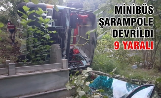Samsun'da Minibüs Şarampole Devrildi: 9 Yaralı