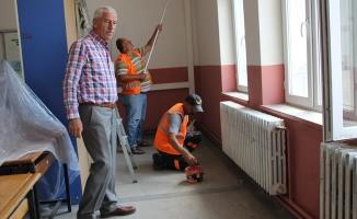 Alaçam Belediyesinden Okullara Bakım Onarım Desteği