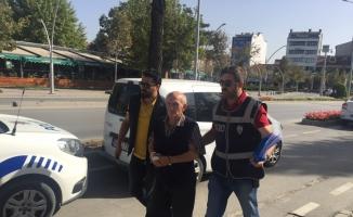 Bolu'da yaşlı adamın eşini bıçaklayarak öldürmesi
