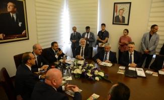 Kültür ve Turizm Bakanı Kurtulmuş: (1)