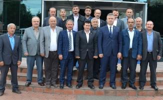 Başkan Topaloğlu'ndan Muhtarlarla Değerlendirme Toplantısı