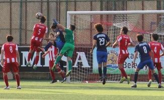Atakum Belediyespor; U 19 Ligi Maçında 19 Belediyespor'a Fark Attı 4- 0