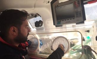 Kara Ambulansında Doğdu Hava Ambulansıyla Sevk Edildi