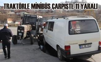 Havza'da Traktörle Minibüs Çarpıştı: 11 Yaralı