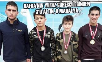 Bafra'nın Yıldız Güreşçilerinden 3'ü Altın, 8 Madalya