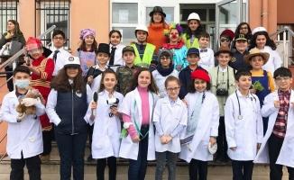 Galip Öztürk Ortaokulu Hello I Came Etkinliği