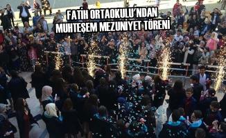 Fatih Ortaokulu'ndan Muhteşem Mezuniyet Töreni