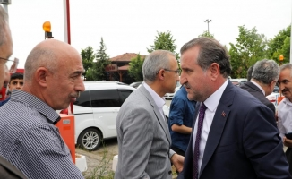 Bakan Bak'tan Mesut Özil ve İlkay Gündoğan'a destek
