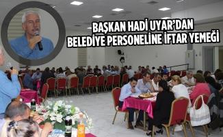 Başkan Uyar'dan Belediye Personeline İftar Yemeği