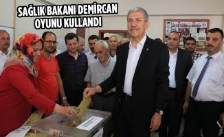 Sağlık Bakanı Ahmet Demircan Oyunu Kullandı