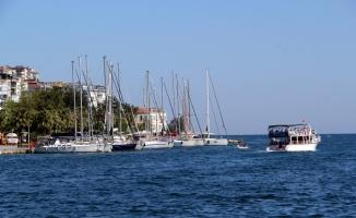 Deniz tutkunları Sinop açıklarına demirledi