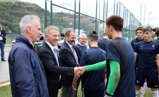 Ahmet Ağaoğlu'ndan, genç futbolculara öğütler