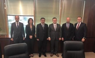 VakıfBank'tan Azerbaycan bankacılık sektörüne dijital rehberlik