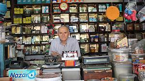 AVM'lere Karşı 74 Yıllık Mahalle Bakkalını Yaşatıyor