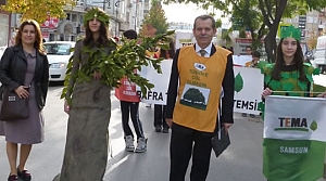 Bafra'da Öğretmene Saygı, Toprağa Saygı' Yürüyüşü