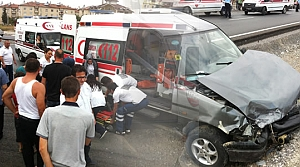 Bafra'da Trafik Kazası : 4 Yaralı